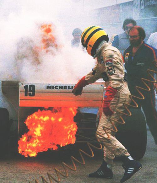 It's Senna, it's love!