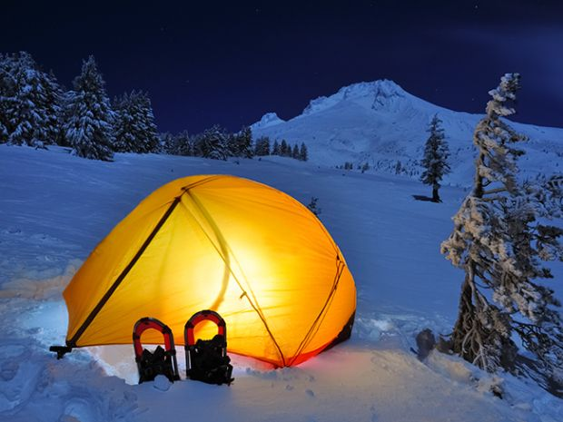 How to stay warm with the right winter camping gear and clothing ...