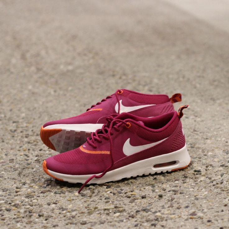Nike Air Max Thea #airmax #sneakerlove #sneakeraddict