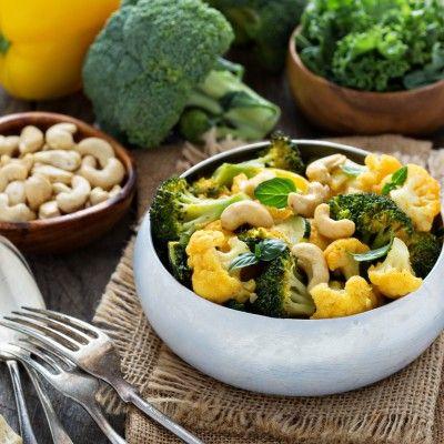 Een snelle, gezonde maaltijd voor na een lange werkdag. Serveer dit gerecht met bloemkoolrijst. Ook uitermate geschikt met geroosterde zoete aardappels!