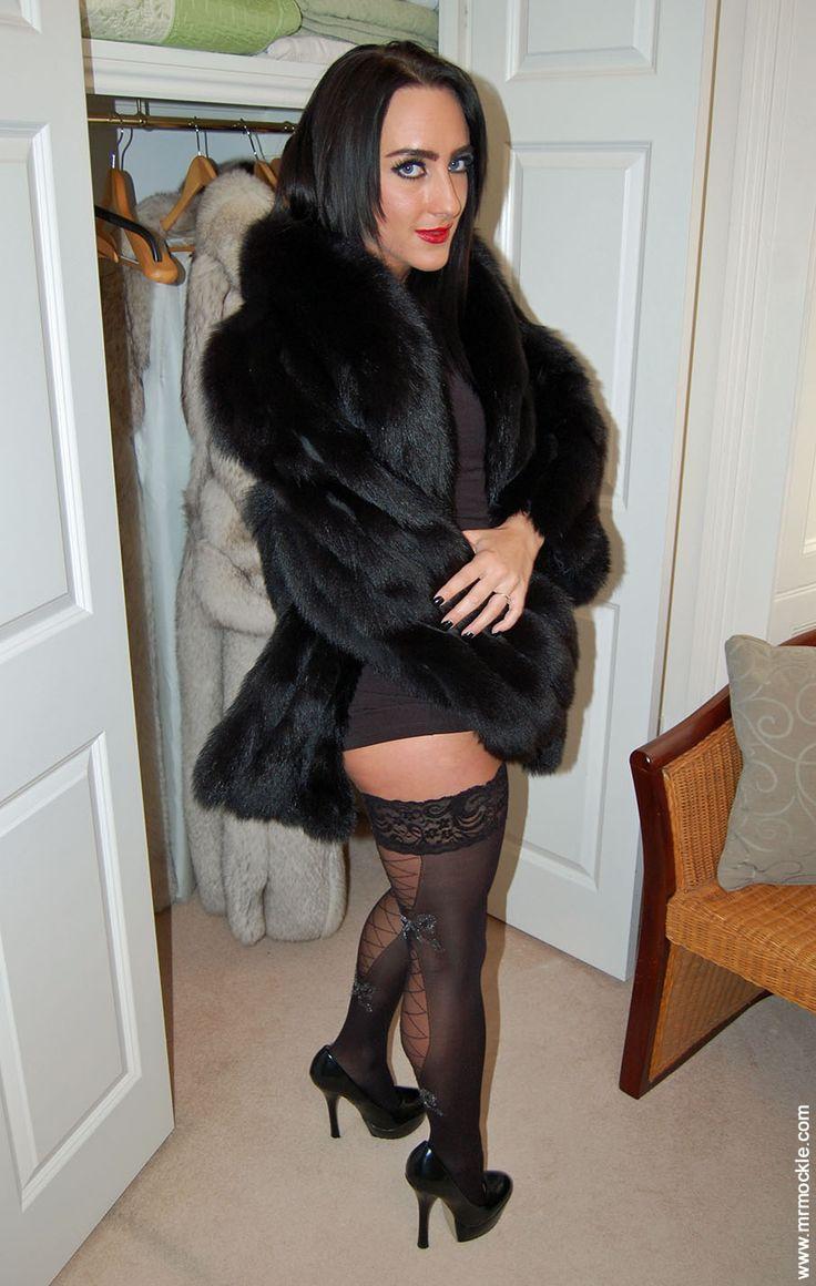 Flashing Fox | Exotic Fur 2 | Fur, Fox fur, Fur coat