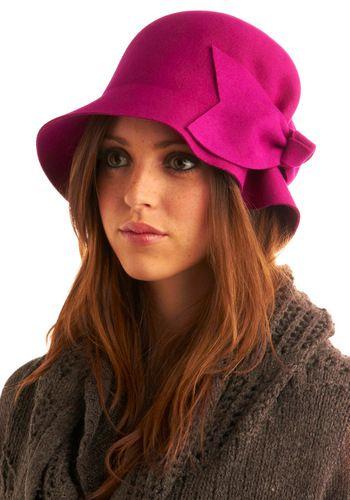 Love cloche hats!