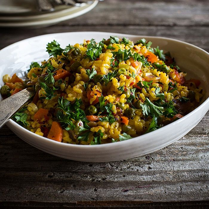 This vegetable paella has a seemingly infinite capacity for saffron and the hot red pepper flakes. It just keeps developing a deeper and deeper taste. It's perfect for warming up the tummy and the soul.