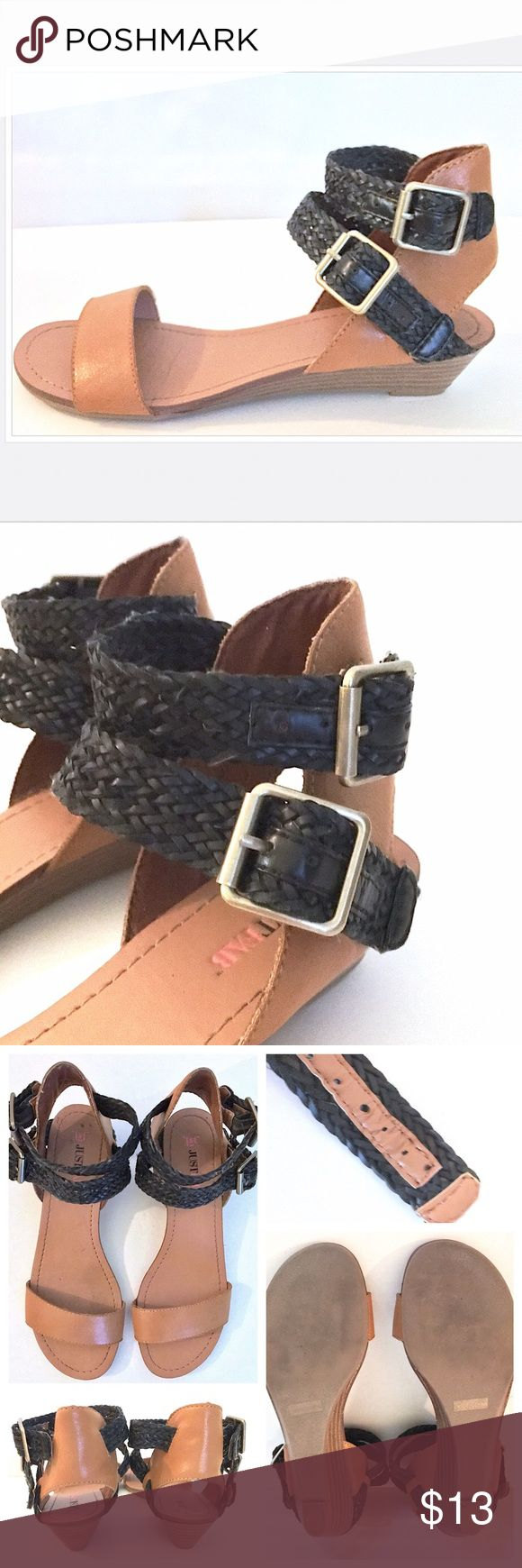 JustFab Black/Tan Faux Leather Kitten Heel Sandal JustFab Black/Tan Faux Leather Kitten Heel Sandal//Size 7//In Great Condition//Worn Once//Let me know if you need add'l info or pics😁 JustFab Shoes Sandals