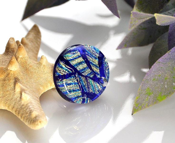 """Кольцо """"Сияние"""", фьюзинг – купить в интернет-магазине на Ярмарке Мастеров с доставкой - F8RHJRU #кольцо #купитькольцо #синеекольцо #фьюзинг"""