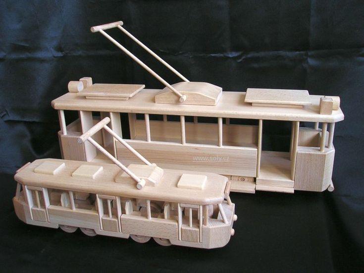 Dřevěné přírodní tramvaje, pojízdné hračky pro děti