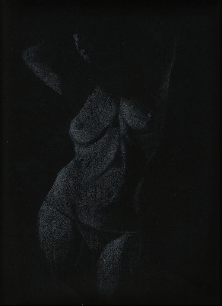 BLANCO sobre negro.... https://www.facebook.com/pauartdesign