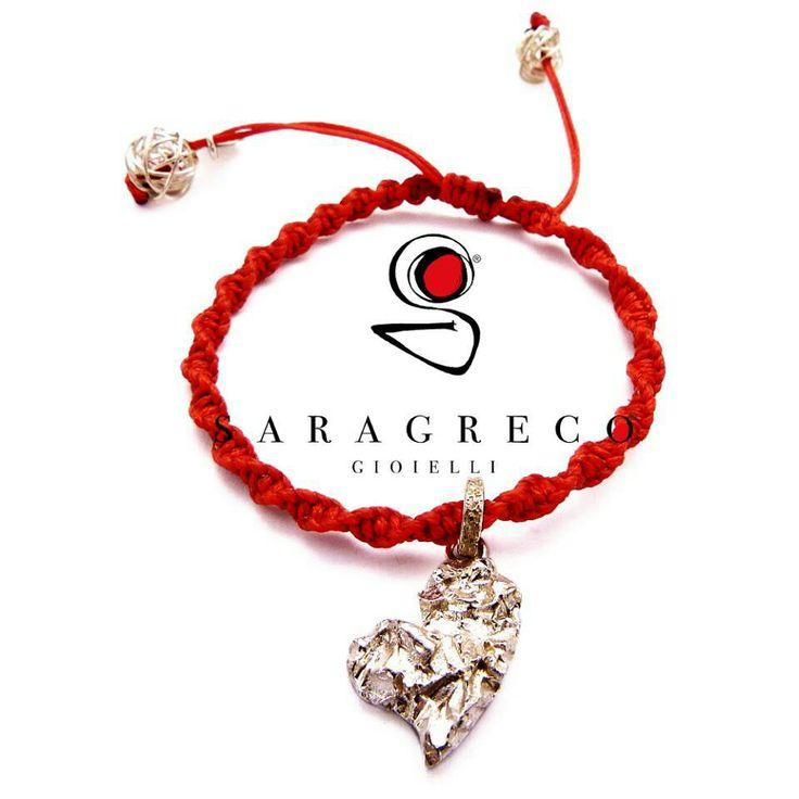 A #SanValentino regala un #gioiello #sgg dolce come un #cuore e #forte come una roccia! ♥♡♥ #saragrecogioielli #handmade #red #strong #truelove   www.saragrecogioielli.com