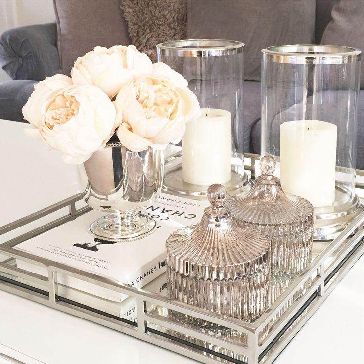 Kreieren Sie ein luxuriöses Badezimmer mit Ihren Accessoires! Weitere Inspirationen finden Sie bei maison …