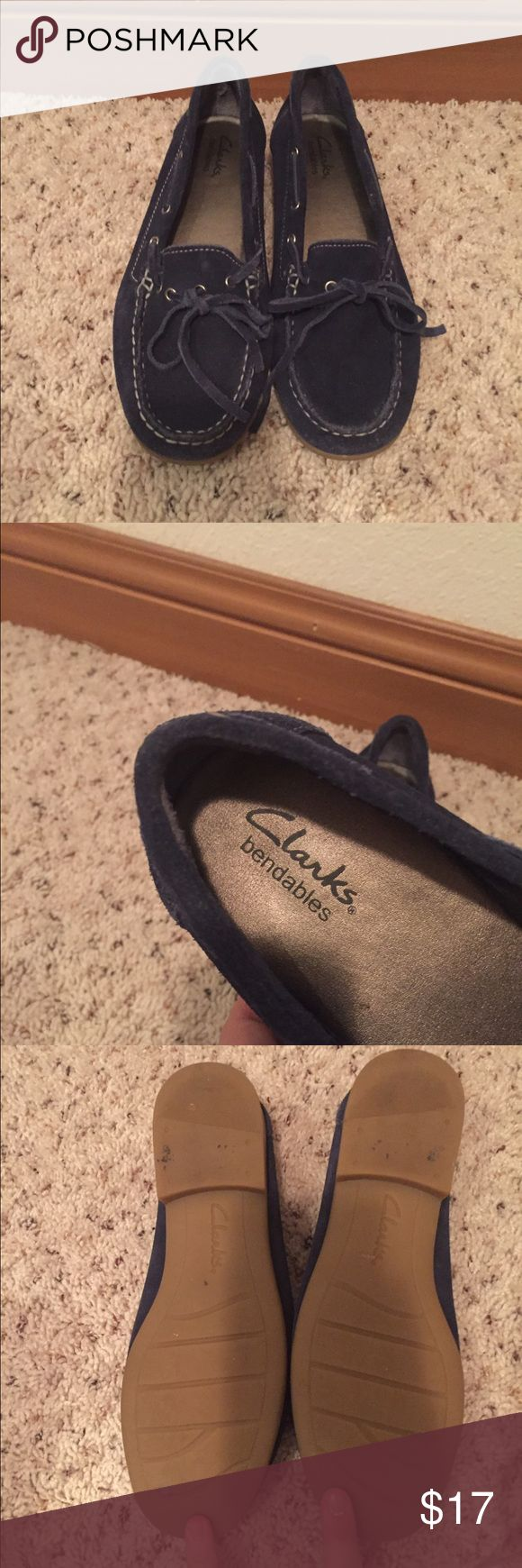 Clarks Bendable suede blue boat shoes size 6 Super comfy cloth moccasins in a boat show style! Clarks Shoes Flats & Loafers