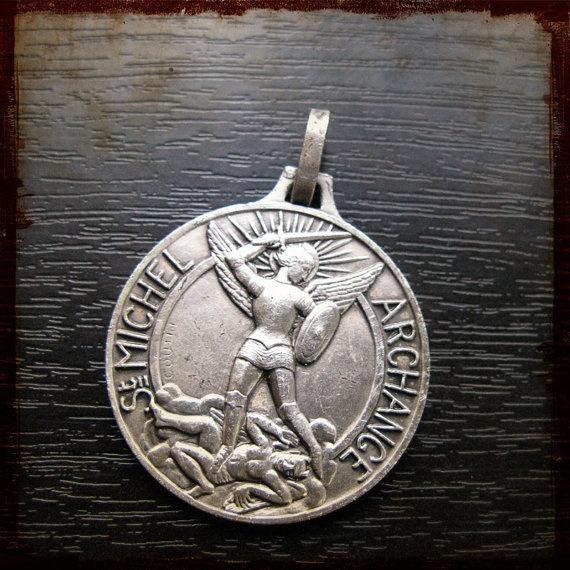 st michael medal Vintage