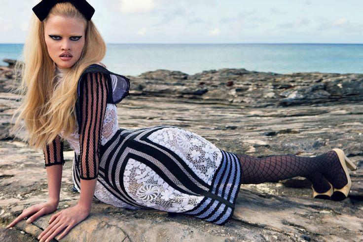 Breton At Lara Stone – Turks ve Caicos Adaları – W Dergisi, 2009 – Jean-Paul Ga …