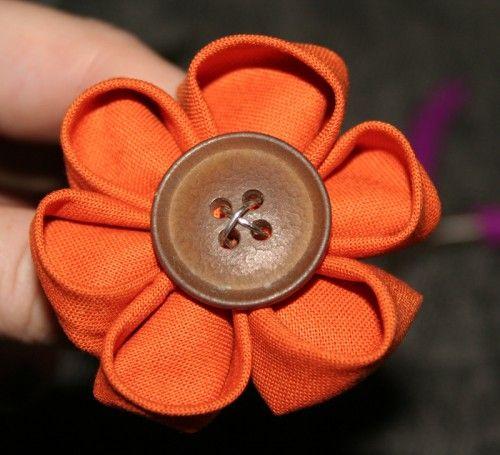 Tuto fleur en tissus + bouton