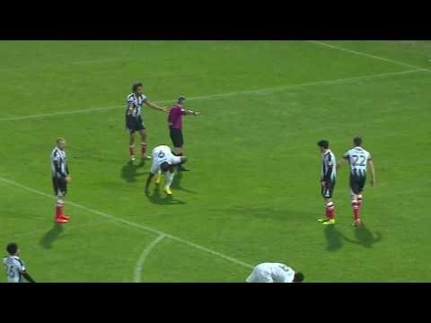 Grimsby Town vs Barnet FC - http://www.footballreplay.net/football/2016/11/12/grimsby-town-vs-barnet-fc/
