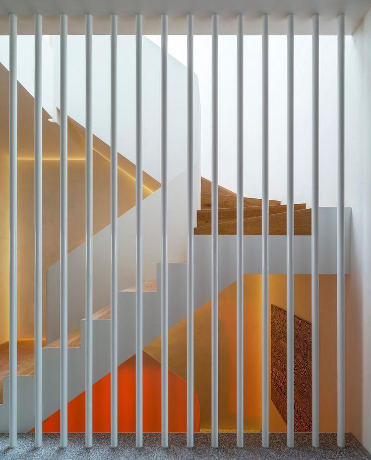 die besten 25 treppe sanieren ideen auf pinterest innentreppen treppen innen und moderne treppe. Black Bedroom Furniture Sets. Home Design Ideas