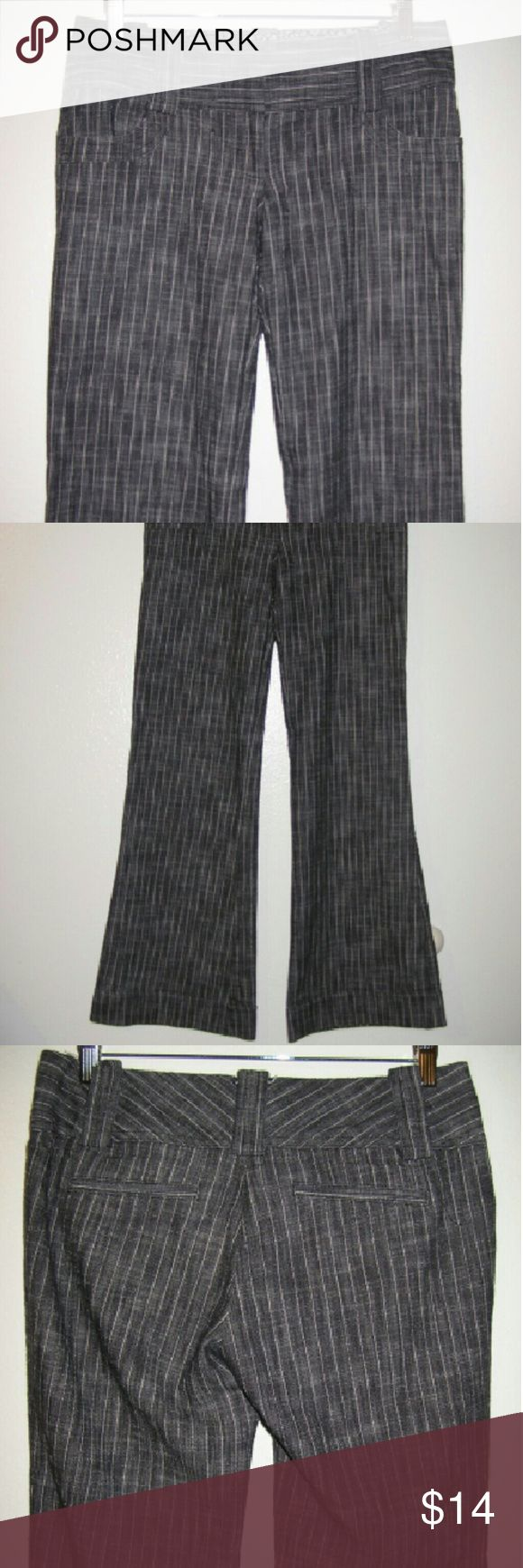 "Charlotte Russe career flare pant sz 7 gray stripe This pant has a flattering flare leg and a bit of stretch. Fabric us cotton, poly, spandex Not a stretch waist 32x31 with 7"" rise Charlotte Russe Pants Boot Cut & Flare"
