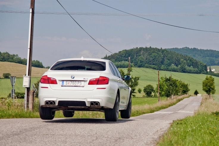 Tomáš Veselý - oceněná fotka z BMW letní soutěže. Napište nám prosím na bmwceskarepublika.bmw@gmail.com svou poštovní adresu, ať můžeme poslat výhru!