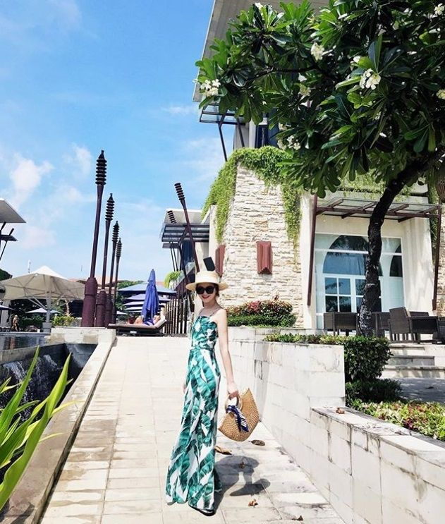 Forget the make-up and the dressing up, here at the #SakalaBeachClub , you're perfect just the way you are! #TheSakalaResortBali   #TheSakalaResortBali #SakalaBeachClub #SakalaBali #Bali Picture by: @gppgpp