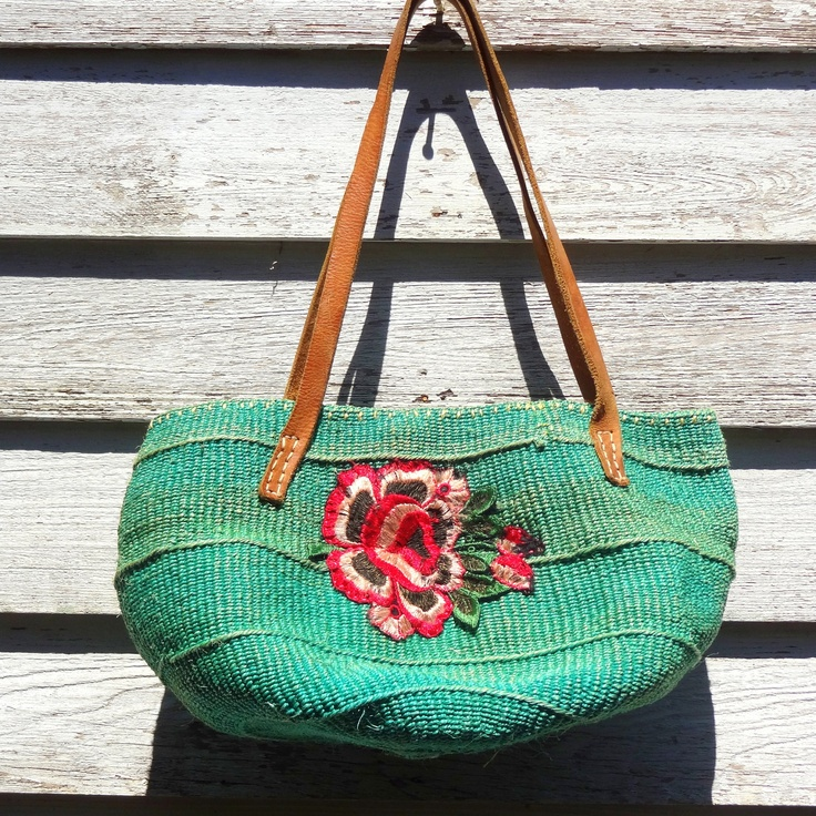 Vintage Rose Bag: Rose Embellishments, Festivals Bags, Bags Shoes Jewelry, Rose Bags, Beautiful Bags, Farmers Marketing, Summer Bags, Boho Bags, Vintage Rose