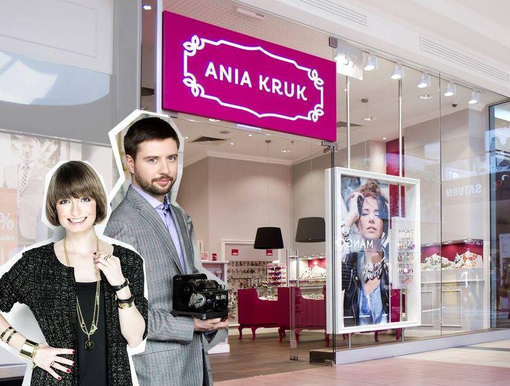 GRUDZIEŃ - Nie lada gratka czeka na klientów butiku ANIA KRUK. W wyborze gwiazdkowych prezentów będą doradzali twórcy marki: główna projektantka Ania Kruk i jej brat Wojtek, odpowiedzialny za biznesową stronę konceptu. Anię i Wojtka będzie można spotkać w butiku od 22 do 24 grudnia.