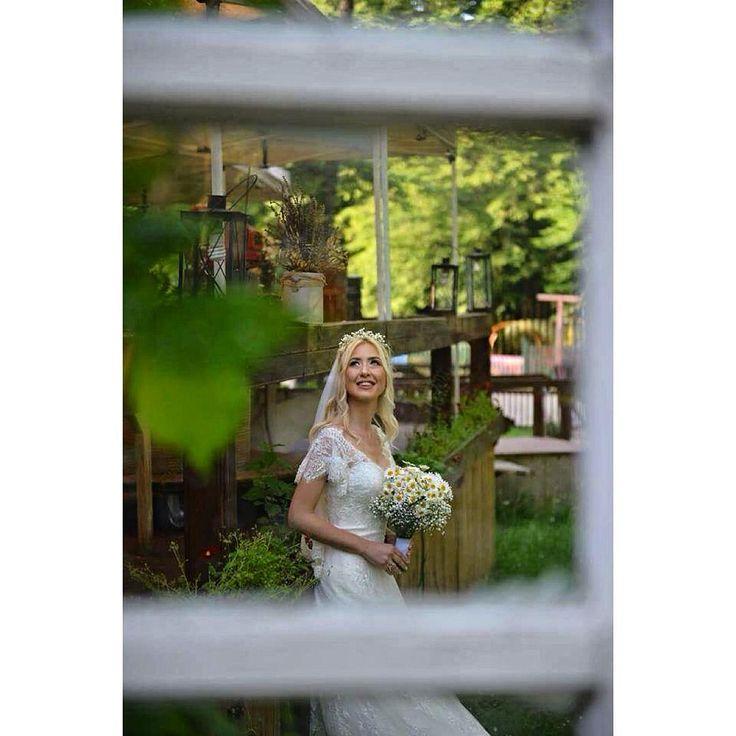 Düğün hikayesi fotoğrafları... Merve & Tolga #wedding #düğün #gelin #gelinlik #damat #düğün #düğünvar #düğüngünü #düğünhikayesi #düğünalbümü #albüm #aşk #doğailefotoğraf #love #bride #groom #gelinlik #photography #photographer #weddingdayphoto #weddingdress #weddingphotography #weddingphotographer #düğünfotoğrafçısı #düğünfotoğrafçısı #photographer #fatihfullframe #herdüğünözeldir #hintbahçesindedüğünbirharika #hintbahçesi http://gelinshop.com/ipost/1523577410673479787/?code=BUk1ZUvAJBr