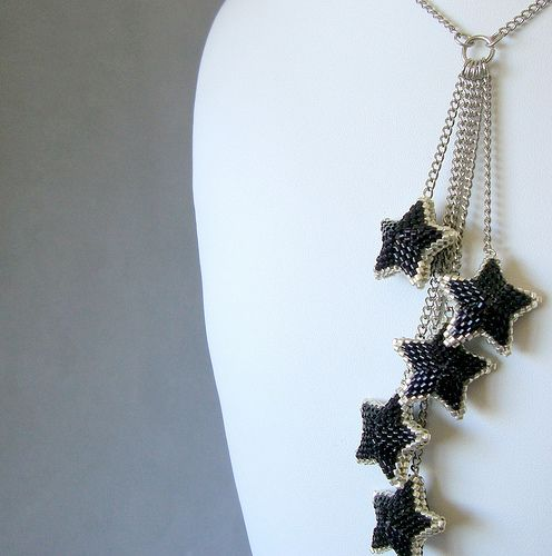 Starburst Necklace - Party Time - Three Dimensional Peyote Beadwoven Stars Necklace | by miamiamia.etsy.com
