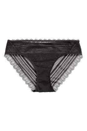 Culotte en dentelle et mesh
