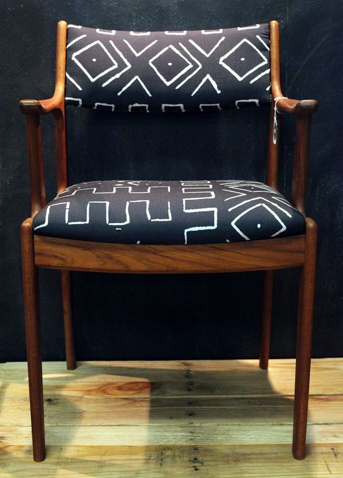 Pin By Sylvie Simon On Furniture Furniture Upholstery Chair