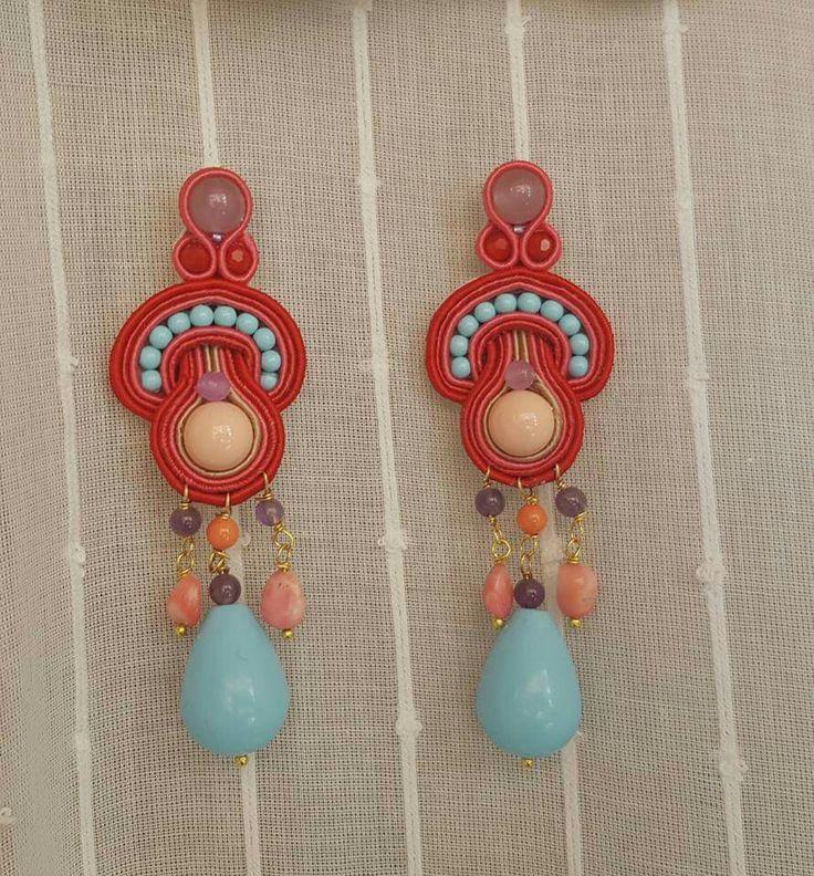 Orecchini soutache con pasta di turchese, pasta di corallo, corallo, ametiste e resina Notedizucchero.blogspot.com