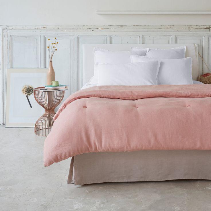 Одеяло из 100% льна, Abella La Redoute Interieurs : цена, отзывы & рейтинг, доставка. Одеяло из 100% льна, Abella. Чудесное блаженство проскользнуть под это одеяло Abella с очень приятным, легким и дышащим наполнителем. Характеристики одеяла изо льна, Abella :Верх из 100% льна. Наполнитель 100% полиэстера (400 г/м²)Машинная стирка при 30 °C.100% льна : Натуральный, элегантный и аутентичный материал, с легким жатым эффектом. Легкое летом, теплое зимой, мягкий и струя...
