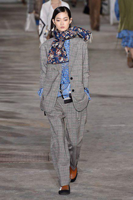 c68e71dd679d24 I pantaloni di moda per l u0027Autunno Inverno 2018 2019 sono arrivati e  questi sono i modelli che amiamo giàelleitalia ...