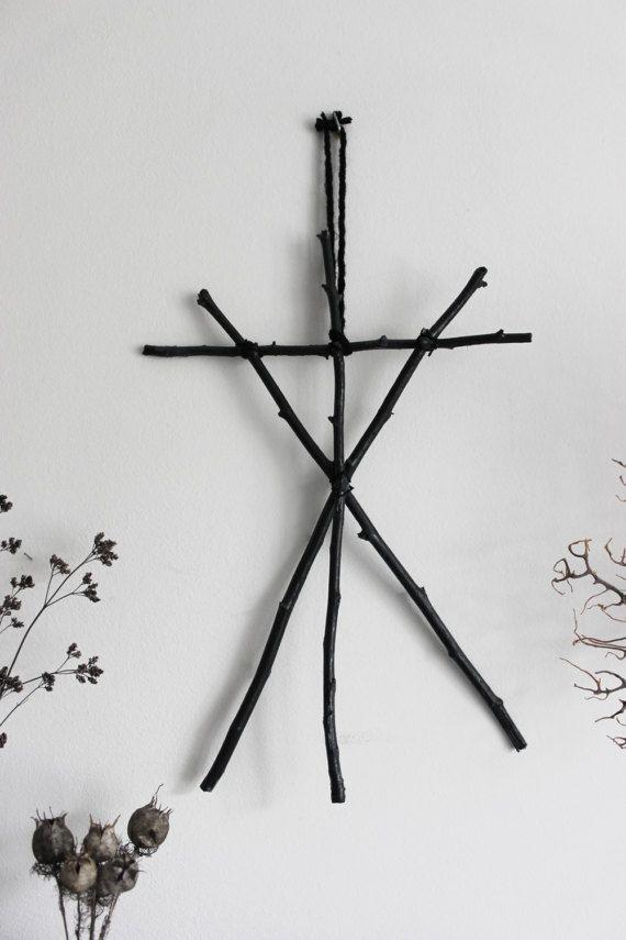 Call of the Witch Black . décoration pagan par BoudoirDuChaman
