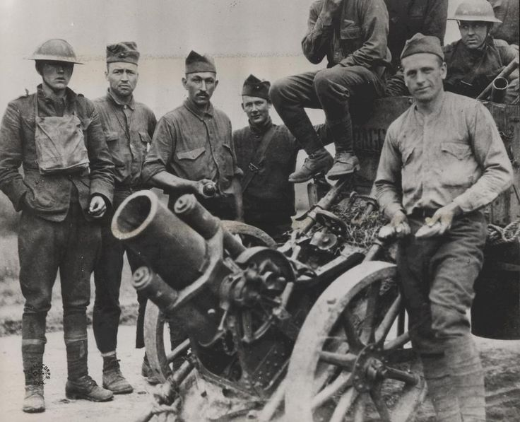American Marines posing with a German minenwerfer captured during the Battle of Belleau Wood, 1918
