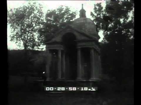 """Nel mondo del surreale: Salvador #Dalì nel """"giardino dei mostri"""": #Bomarzo. www.thegreenrevolution.it"""
