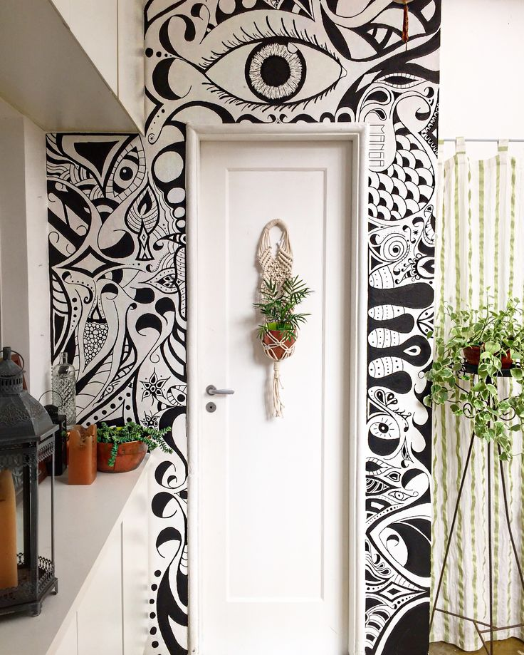 Artista brasileiro @renamanga faz telas, paredes, objetos personalizados e tatuagens