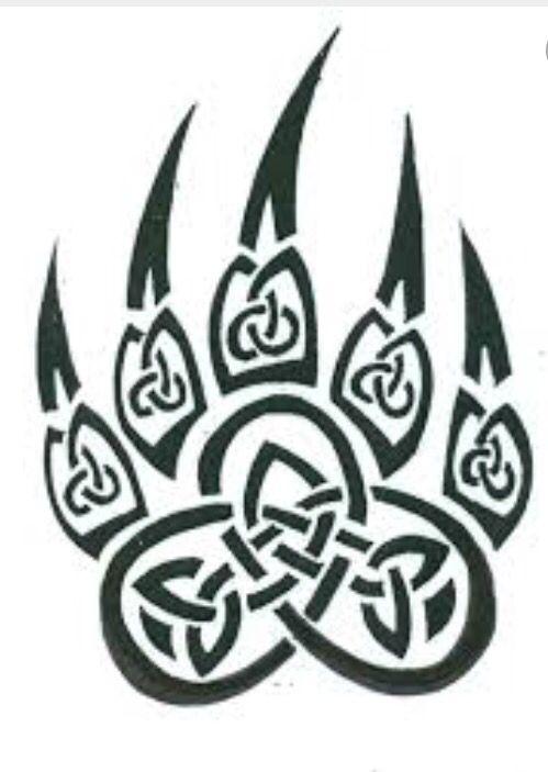Garra de oso con nudos celtas