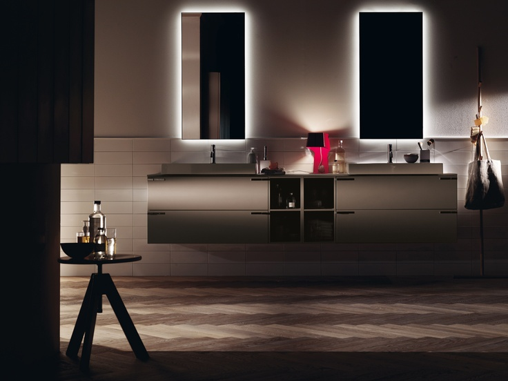 #kylpyhuone #scavolini #decorkylpyhuoneet #kylpyhuonekalusteet #sisustus  Aquo kylpyhuonekaluste Scavolini Handles and mirrors to personalize your bathroom