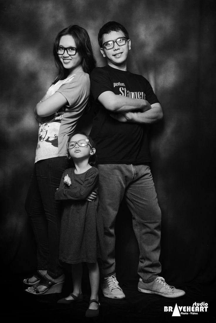 Aris Family's   Foto keluarga dirumah  #Tambun #Bekasi #jakarta +6287887836086 bbm: 7D2C8D3B