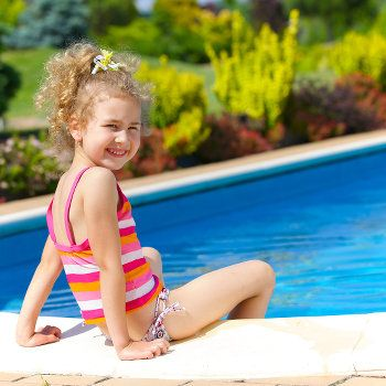 There are some great choices for resurfacing an old pool. This article highlights some of the best options: http://www.poolpricer.com/pool-resurfacing-options-cost-complications/