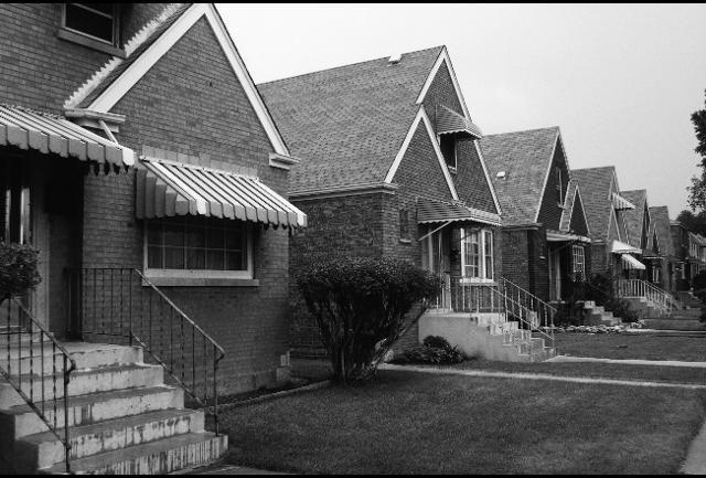 https://www.forbes.com/sites/petesaunders1/2017/07/28/understanding-rust-belt-housing-markets/#5f7411c163d4