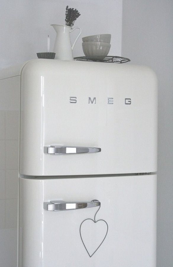 Smeg fridge need it for the home pinterest for Interieur frigo smeg
