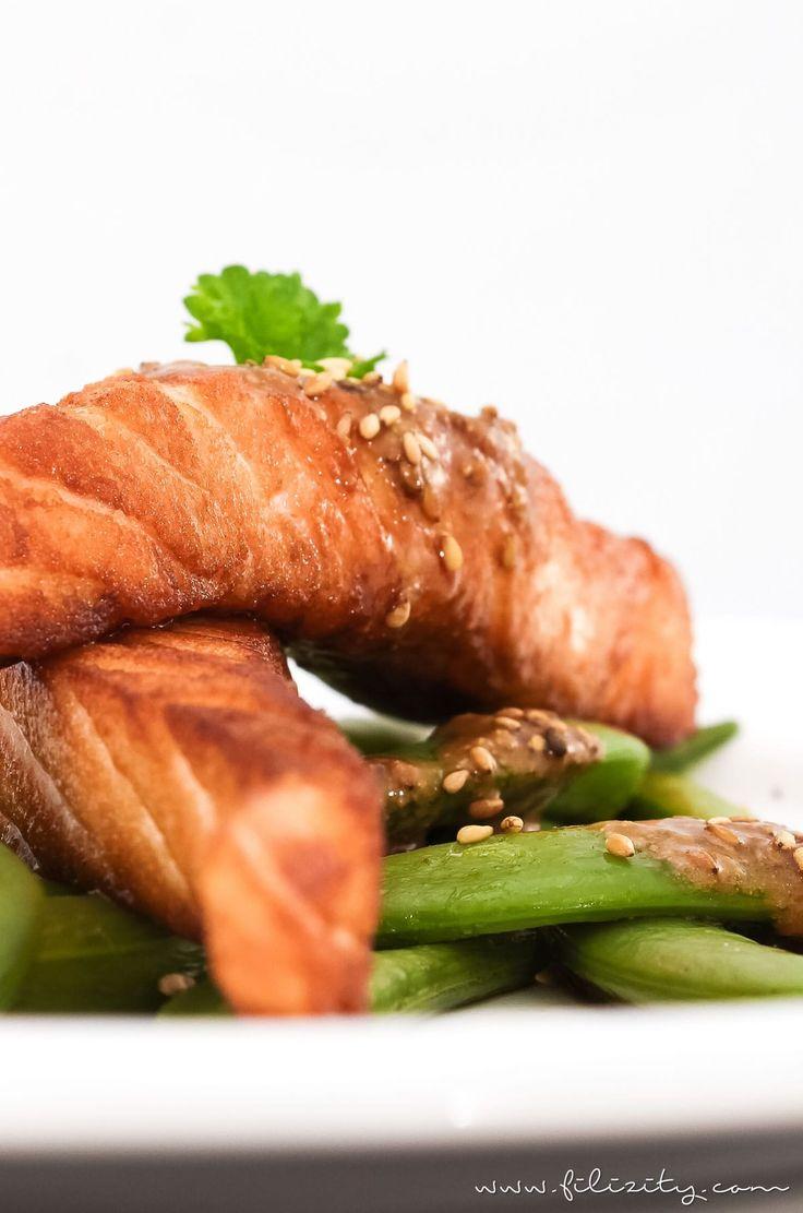 Lachs auf Zuckerschoten mit Sesam-Soße