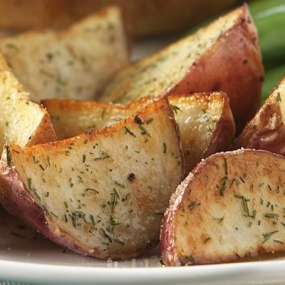 Garlic and Herb Oven Roasted Potatoes