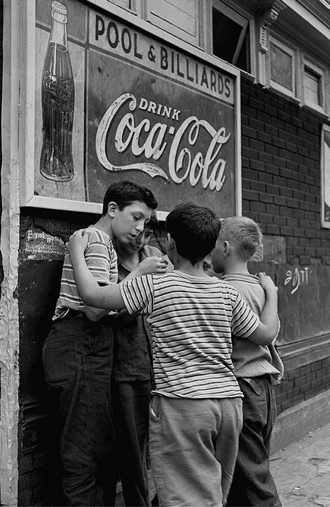 +~+~ Vintage Photograph ~+~+  Brooklyn Boys 1946-Fred Stein