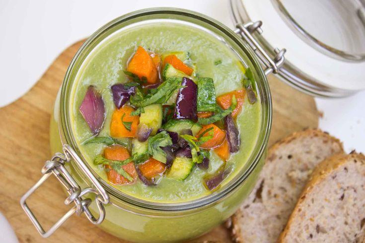 Crema di zucchine e verdurine croccanti