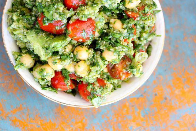 Qunioa avocado salad, looks good.