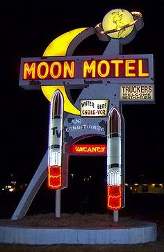 Most excellent neon: Moon Motel :: Howell, NJ