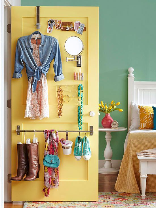 I love this idea as a way to organize next day's wardrobe. Great organization and time-saving, too!