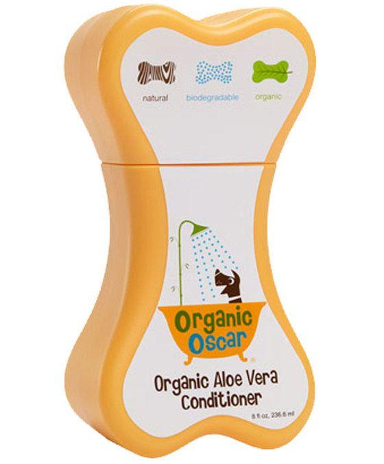 Organic Oscar Aloë Vera Conditioner  Organic Aloe Vera Conditioner: Zeer geschikt voor honden met een droge of gevoelige huid. Dankzij de combinatie van biologische natuurlijke extracten van aloë vera kamille en jojoba-olie ontklit het de haren en zorgt het voor een schone zachte en glanzende vacht. Optimale conditioner voor hydratatie en bescherming voor een super zachte en goed doorkambare vacht van elke hond. Kenmerkend voor Organic Oscar Aloe Vera Conditioner: bevat hoog percentage…
