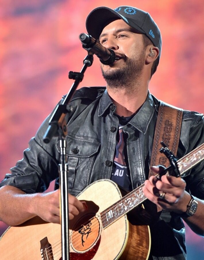 699 best luke bryan images on pinterest luke bryans for How many country music awards are there
